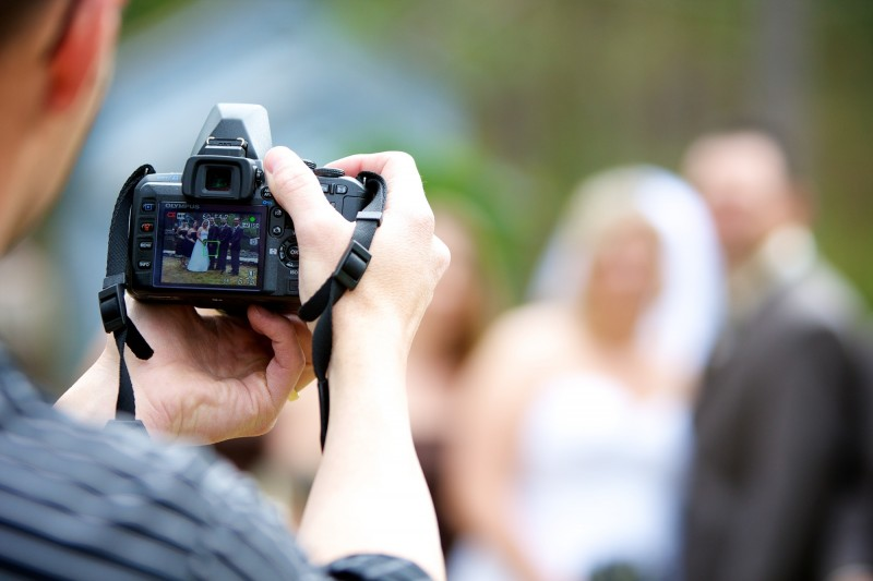 Recruit an Expert Photographer to Catch Wedding Recollections