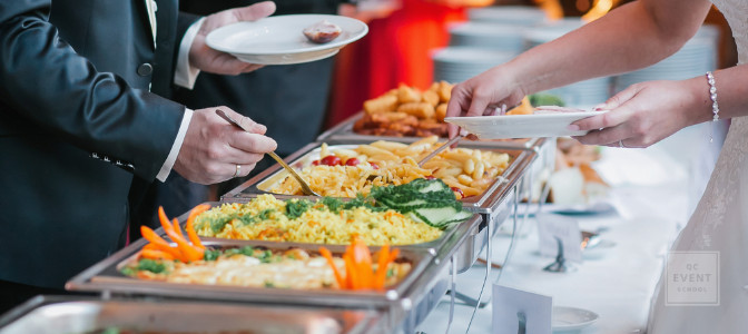 The Benefits and drawbacks to become a Caterer