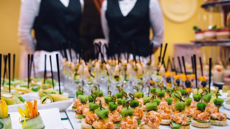 Ask These Questions to Your Wedding Caterer before Hiring